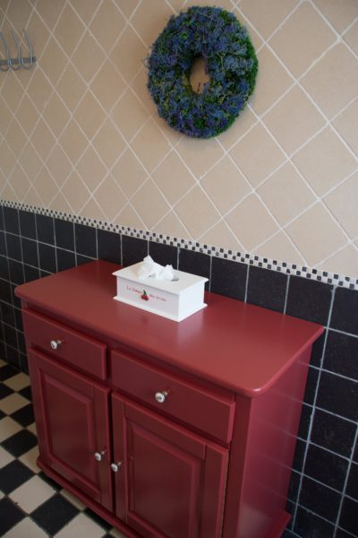 Hof der Heerlijckheid - badkamer 2 kastje